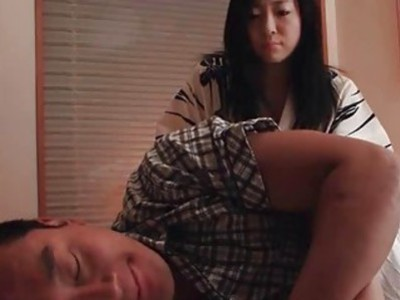 Asian shows off her cocksucking skills