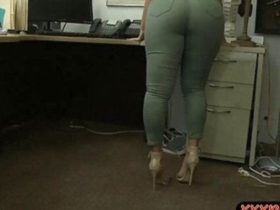 Busty and huge booty babe slammed hard by pawn keeper