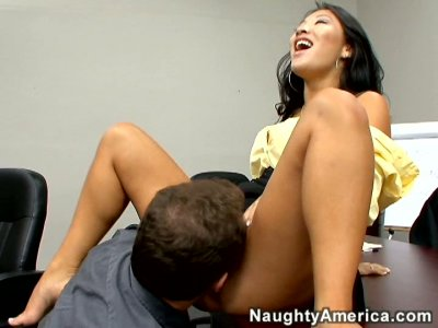 Asian horny slut Asa Akira sucks dick delightfully