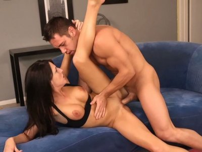Sporty brunette princess Kortney Kane have sex on the blue sofa