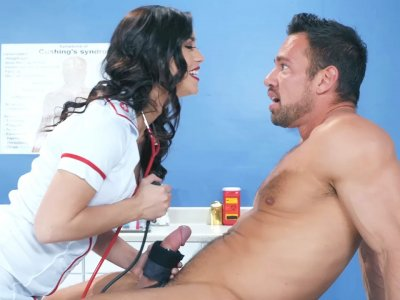 Hot latina nurse sucking off the surprised patient