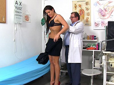 25 years girls gyno exam