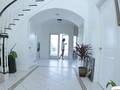 A morning dirty fuck with brunette Carmen Caliente