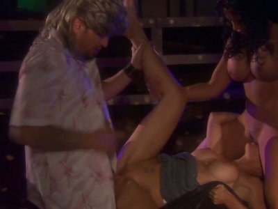 Exotica and Ryder Skye getting trio fucked