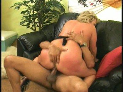 Busty sex hungry mom Wanda Lust fucks hard with black wanker