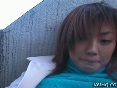 Amateur brunette Rui Misato gets picked up for a quickie