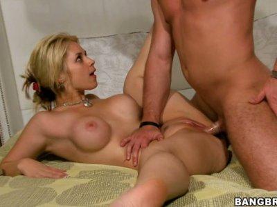 Athletic dude pokes his hard dick deep in Sarah Vandella's voracious hole