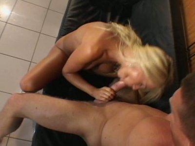 Blonde babe Nikki Sun turning kitchen into the fuck paradise