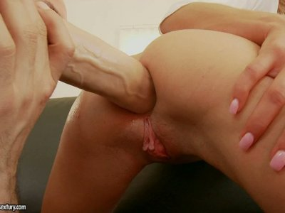 Ioana's tight holes are being thoroughly examined and stretched wide