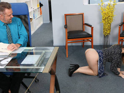 Horny chick will do anything to get stepdad attention