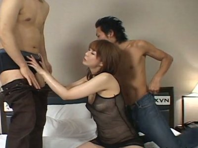 Asian cutie Ryo Hirase getting her juicy pussy toyed