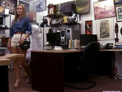 A Revenge Fuck Is What She Did At The Pawnshop