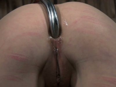 Daring whore Mei Mara gets her asshole hooked up literally