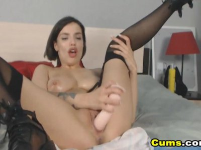 Horny Babe Toying Her Wet Pussy