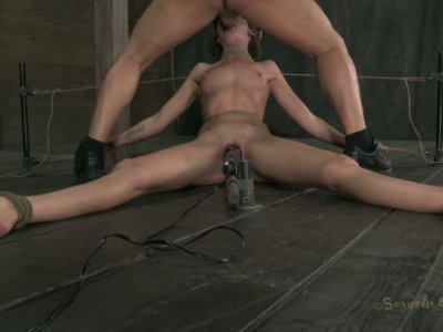 Slim flushing bitch Hailey Young is tied up and gives a deepthroat