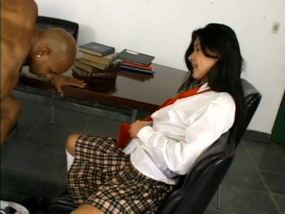 Tasty looking brunette Anne geting fucked by BBC