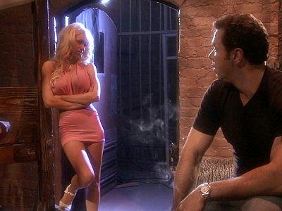 Blonde's irresistible charm